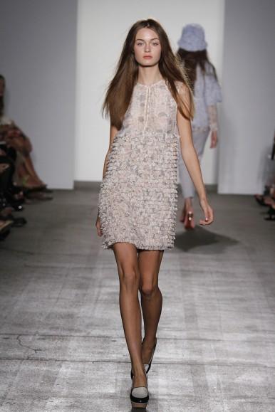 Karen Walker, vestidos y buzos para mujer, colección de moda para mujer de verano  de Karen Walker