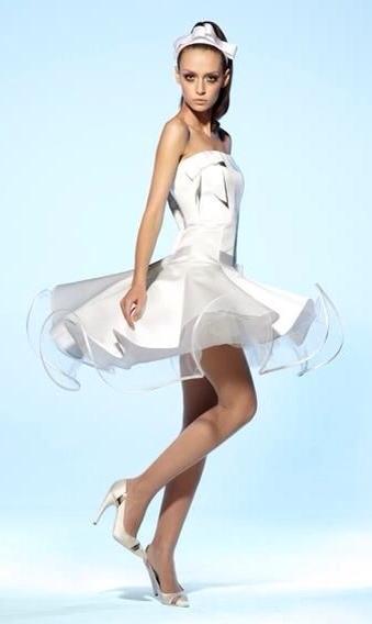 Suzanne Ermann, vestidos de novia, vestidos de ceremonia civil verano de Suzanne Ermann