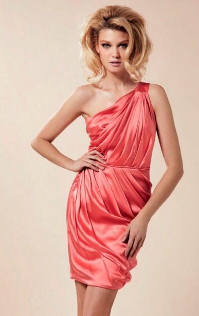 Blumarine, vestidos de fiesta y ocasión especial, moda para mujer colección de verano de Blumarine