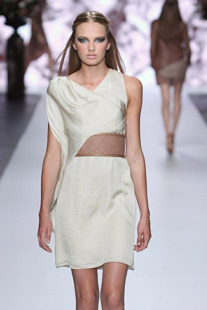 Tony Cohen, vestidos para mujer, colección de moda primavera verano de Tony Cohen