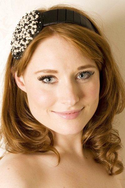 Beth Morgan, diademas, tocados y sombreros para ocasiones especiales, accesorios de moda para mujer