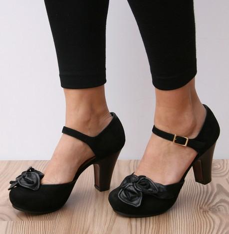 Zapatos negros Chie Mihara para mujer OorIxo