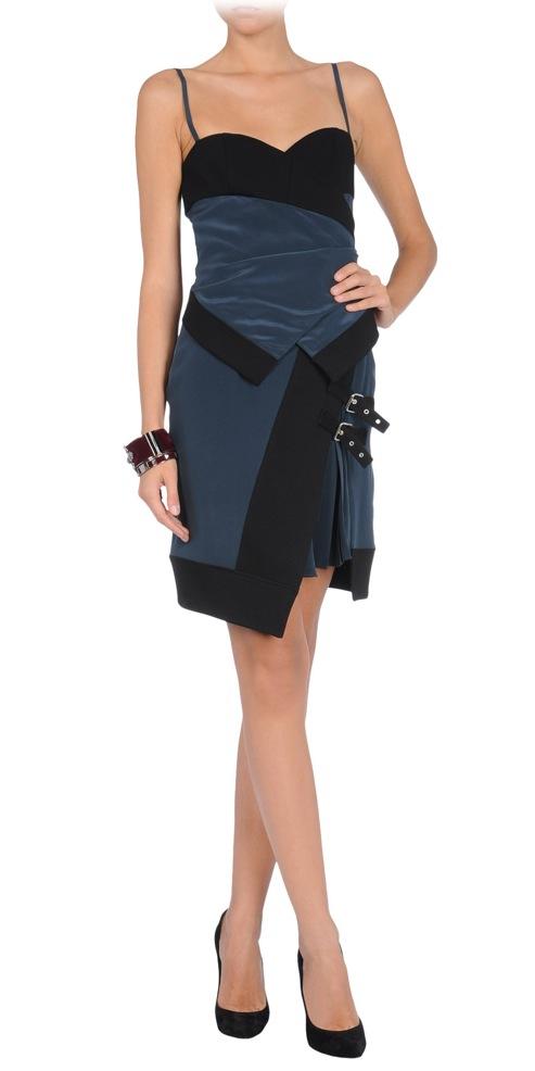 Uniqueness in thecorner.com, colección de moda para mujer, vestidos originales en thecorner.com