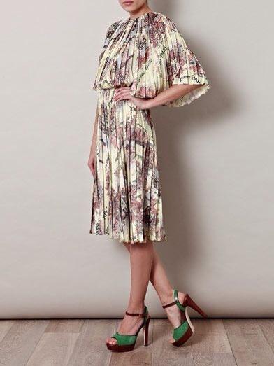 Emilia Wickstead, vestidos elegantes y distintos para mujer, colección de verano de Emilia Wickstead