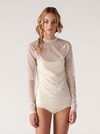 De l'eefstijl, ropa de diseño, tops y vestidos en tonos blancos
