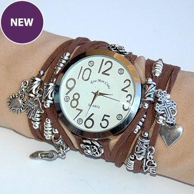 La Mariposa Blanca, nuevos relojes y bisutería en LMB