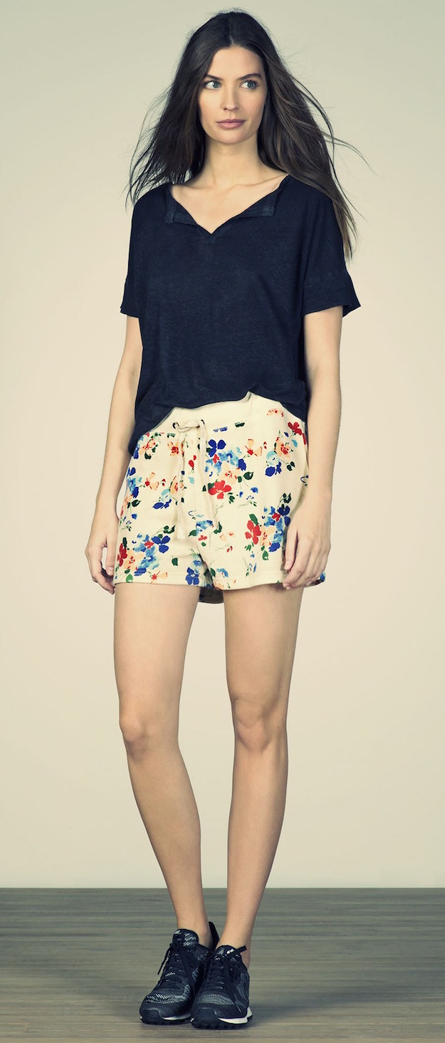 American Outfitters woman-look-52-1600