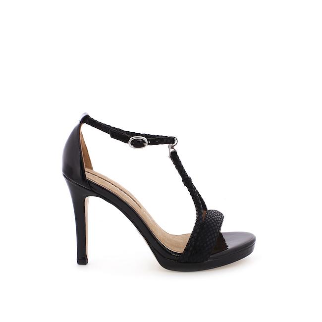66006-C25632-mariamare-sandalia-pimental-negro-charol-negro-01